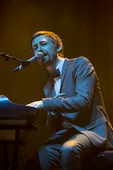 "The Divine Comedy - Vida Festival 2016 - Sábado - 6 - M63C8114 • <a style=""font-size:0.8em;"" href=""http://www.flickr.com/photos/10290099@N07/28029887112/"" target=""_blank"">View on Flickr</a>"