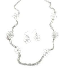 1207_neck-silverkit1nov-box05