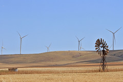 Windmills young and old (Tom Marschall) Tags: windmill landscape energy country present sa past
