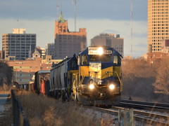 Milwaukee departure (Robby Gragg) Tags: milwaukee sd402 6448 rcpe