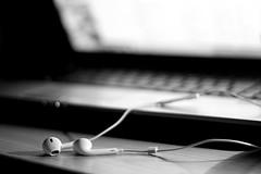 Music (vale.rizze89) Tags: music computer relax 50mm musica dettagli bew bnw biancoenero cuffie iphone legnano auricolari nerviano valeweb89 valeriorizzelli