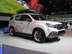 Isuzu MU-X (nakhon100) Tags: cars thailand bangkok 4wd suv awd mux isuzu