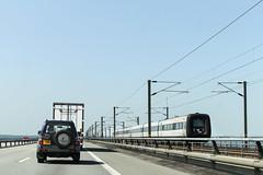 DSB tg, Stora Blt 2013-07-09 (Michael Erhardsson) Tags: bridge juli bro et danmark bron resa sommar dsb tg stora 2013 jrnvgsbro motorvagnstg blt elefantarsle