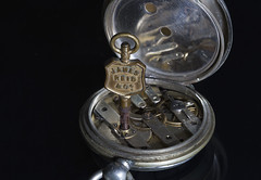Macro Mondays - Time (Kev Gregory (General)) Tags: macro mondays time kev gregory canon 28 100mm pocket watch key uncle tom james read co company watchmaker jeweller workings macromondays cog fob world war one i hmm