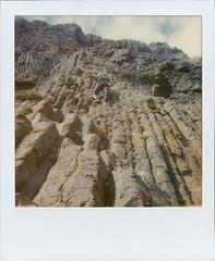 Get down! (fedupwithdigital) Tags: elie i1 basaltcolumns itype chainwalk impossibleproject