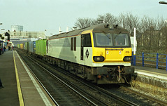 92019 seen passing through Wandsworth Road Station with a container train to Dollands Moor on 20-2-98. Copyright Ian Cuthbertson (I C railway photo's) Tags: class92 92019 wandsworthroadstation containertrain