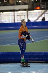 A37W0073 (rieshug 1) Tags: ladies sport skating worldcup groningen isu dames schaatsen speedskating kardinge 1000m eisschnelllauf juniorworldcup knsb sportcentrumkardinge worldcupjunioren kardingeicestadium sportstadiumkardinge