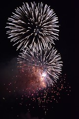 Fire in the sky (Antonio Cinotti ) Tags: nikond7100 nikon d7100 rollinghills nikon1685 night fireworks firenze florence tuscany toscana italia italy fuochidartificio sangiovanni