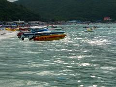 Ko lan (Steve Cut) Tags: thailand pattaya kolan island beach sea ocean speedboat boats whitesand water