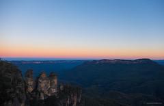 Three Sisters (Sunset) (leonsidik.com) Tags: blue sunset mountains bluemountains leon nsw threesisters fujifilm katoomba sidik ilovesydney visitnsw