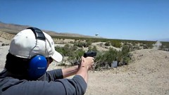 Firing Glock 17  9 mm (rtaylor111) Tags: pistol handgun 9mm glock