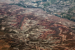 2016_06_02_lax-ewr_539 (dsearls) Tags: monument flying colorado desert plateau aviation united sightseeing canyon aerial coloradoriver agriculture ual arid unitedairlines windowseat windowshot themonument coloradonationalmonument monumentcanyon laxewr 20160602