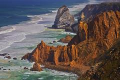 Sull'orlo del continente / At the edge of the continent (Cabo da Roca, Sintra, Portugal)(Explore!!!) (AndreaPucci) Tags: portugal sintra cliffs explore cape cabodaroca canoneos60 westermost andreapucci
