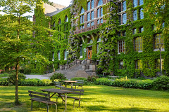 Lund University Library, Sweden (Edita Ruzgas. Thanks for your visit.) Tags: library edita ruzgas nikon d7200 lund sweden sverige scandinavia south southern malm old building architecture bench trees green grass summer climbing plants windows