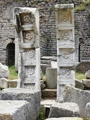 Ephesus_15_05_2008_31 (Juergen__S) Tags: ephesus turkey history alexanderthegreat paulua celcius library romans outdoor antiquity