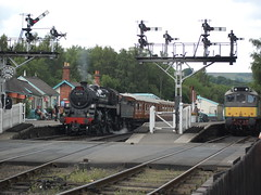 76079 and D7628 (Mike 7416) Tags: br standard 4 76079 class 25 d7628 grosmont nymr