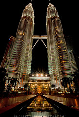 The Twin Tower of Petronas (Hafiz.Soyuz.Photography) Tags: petronas towers klcc twin night lights reflection nightscapes cityscapes building architecture kualalumpur kl capital