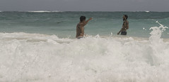 I (Maria Ines Ortiz Fotografias) Tags: photographer exposure beach ocean moment waves