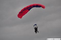 DSC_0842 (damienfournier18) Tags: aroport aroportdenevers lfqg nevers avion aiation aronefs parachutiste dr400