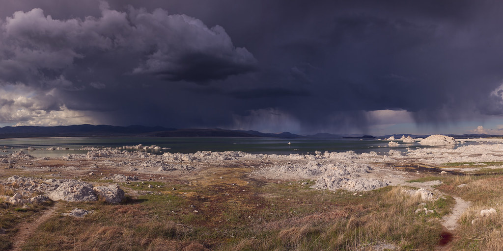 Monolake Thunderstorm