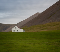 House (RWYoung Images) Tags: house mountain canon landscape farm hill 5d rwyoung