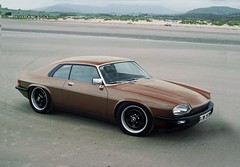 xjs (Littlepixel) Tags: wheel short xjs jaguar base swb