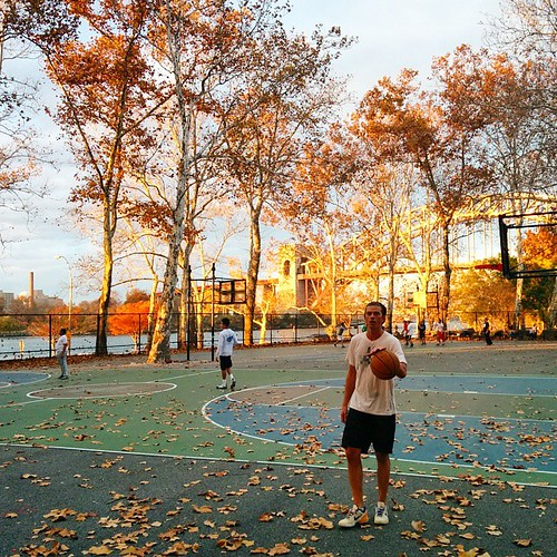 Enjoy #downtime in #Astoria #basketball