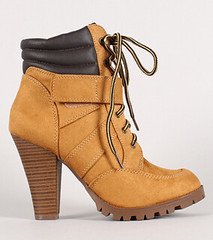 "lace up chunkle ankle boot blond • <a style=""font-size:0.8em;"" href=""http://www.flickr.com/photos/64360322@N06/15729265342/"" target=""_blank"">View on Flickr</a>"
