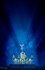 Quadriga Brandenburger Tor (Marcus Klepper - Berliner1017) Tags: city shadow sky building berlin history wall architecture modern night clouds germany deutschland lights abend licht nikon europe nacht sale capital stock himmel landmark berlinwall architektur streams dmmerung brandenburgertor bauwerk quadriga mitte schatten wollen nachtaufnahme d800 pariserplatz kaufen 25years geschichte verkauf langzeitbelichtung historisch longtimeexposure sehenswrdigkeiten statt mauerfall bezirk 25yrs stadtlandschaft marcusklepper