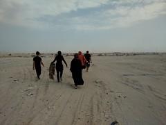 2014-11-06 13.01.45 (felipefonseca) Tags: trip junk tires fieldtrip lixo qatar craftsmen gambiarra vcuq repairmen mfavcuq