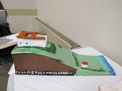 model of villa situated on a hill (demaio61) Tags: students project model roman villas newpaltz arthistory ancientart sunynewpaltz arthistoryclass studentpresentations