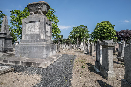 MOUNT JEROME CEMETERY AND CREMATORIUM IN HAROLD'S CROSS [SONY A7RM2 WITH VOIGTLANDER 15mm LENS]-117051