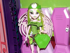 And I can't help loving myself (meike__1995) Tags: claro monster high doll mattel 2016 batsy