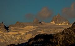 Le Jour Baisse sur le Glacier du Tour (Frdric Fossard) Tags: texture nature montagne alpes lumire grain glacier nuage paysage moraine hautesavoie crtes petitefourche cimes glacierdutour massifdumontblanc tteblanche artes grandefourche