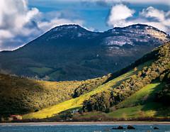 Mar y montaa (Endi.Fz72) Tags: blue sea mountain green beach landscape heaven playa fz70 lumixfz72