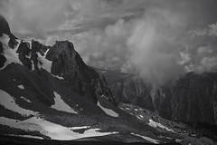 alps (Toni_V) Tags: schnee summer bw snow monochrome weather clouds blackwhite sommer wolken schwarzweiss wetter wollen sep2 summiluxm spitzhorli niksoftware 35lux 160625 flhorn hornalp toniv m2400419