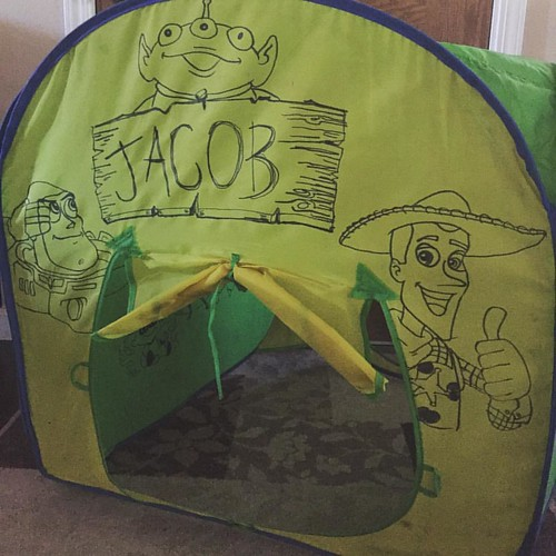 Decorating Ju0027s pop up tent for school. 1/4 #buzzlightyear #woody # & Decorating Ju0027s pop up tent for school. 1/4 #buzzlightyear #woody ...