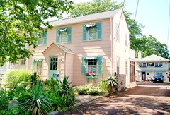 the cutest pink and mint house seen in Pt. Pleasant Beach NJ (holiday_jenny) Tags: beach newjersey nj boardwalk taffy jerseyshore saltwatertaffy jenkinsons ptpleasant