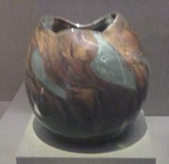 Tiffany Glass and Decorating Co.  Vase (sftrajan) Tags: sanfrancisco glass deyoungmuseum musee artnouveau museo tiffany musem decorativearts 2016 gildedage belleepoque mhdeyoungmemorialmuseum favrileglass
