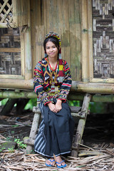 T'Boli Girl (Graham Savage Photography) Tags: lake girl philippines filipina mindanao sebu tboli