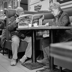 DSF9589 (sergedignazio) Tags: street france caf photography photographie femme journal normandie rue homme x100s