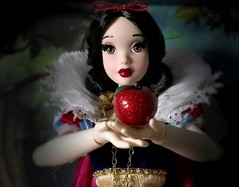 Just One Bite (ozthegreatandpowerful) Tags: white snow store doll disney le 5000 limited edition 2009