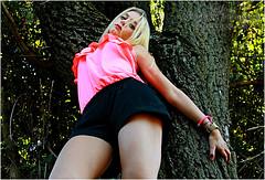 Arianna #1 (Armando Domenico Ferrari) Tags: autumn italy girl photoshop canon tag arianna autunno brescia beautifulgirl adf prettywoman lagodiseo sebino iseolake canoneos400ddigital istrice1 torbierediseo iseotorbiere armandodomenicoferrari armandodomenicoferrariphotographer armandoferrarifotografo armandodomenicoferrarifotografo