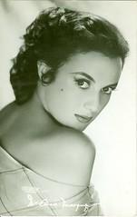 "Tarjeta Postal: ""María Elena Marquez."" (gubama) Tags: mexicana cine postal nacional postale cantante tarjeta marquez actriz maelena diputada"