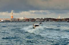 VENEZA - Itália (JCassiano) Tags: venice italy veneza mar europa europe taxi venezia itália adriático a vêneto sereníssima