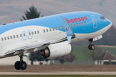 Boeing 737-800 Thomson Airways G-TAWB cn 37242/3917 (Guillaume Besnard Aviation Photography) Tags: grenoble plane airplane canoneos planespotting 737800 boeing737800 boeing737 gnb lfls grenobleisère thomsonairways grenoblestgeoirs grenoblesaintgeoirs gtawb splitscimitarwinglets boeing737splitscimitar cn372423917
