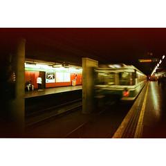 Treno Milano - quai (OLDLENS24) Tags: milano terra stazione sotto sotterranea