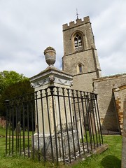 Guarded grave (seanofselby) Tags: castle church st mary ashby magdalene
