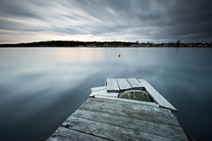 Strange jetty - Orrholmen (- David Olsson -) Tags: longexposure sunset seascape water strange clouds landscape pier wooden nikon sundown cloudy sweden outdoor jetty karlstad le april fx grad vr d800 brygga vrmland 1635 2016 ndfilter blackglass 1635mm gnd mariebergsviken orrholmen leefilters lenr bigstopper davidolsson 06hard 1635vr
