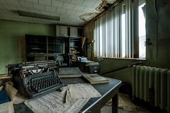 Through the times (Photonirik) Tags: urban abandoned factory path decay exploring places ruine exploration oblivion ue urbex urbaine oubli urbexing chaudronnerie